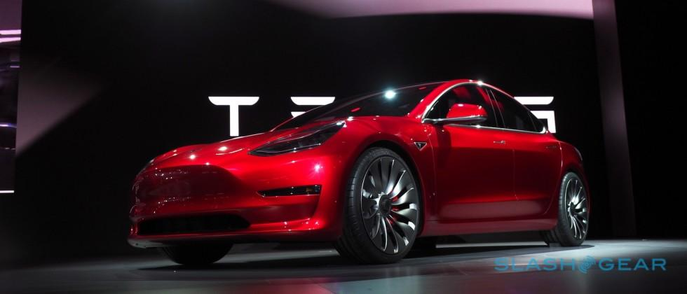 Elon Musk feeds Tesla Model 3 fire with new car details