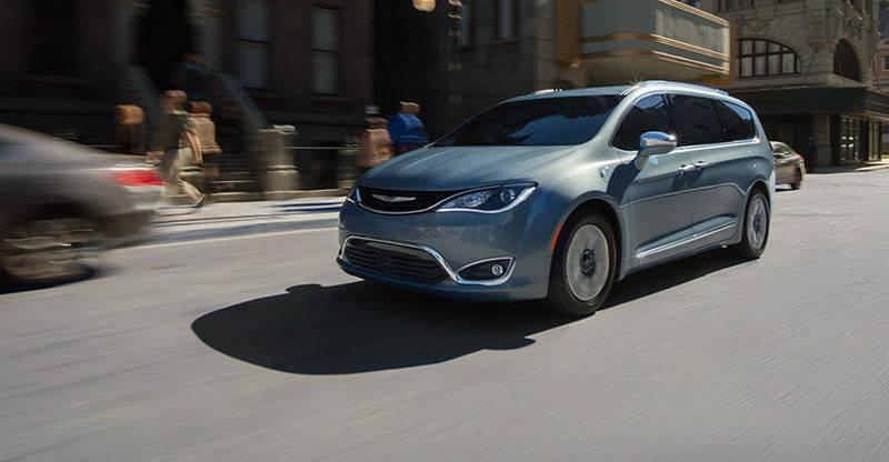 Can Fiat Chrysler ride Google's self-driving cars to success?