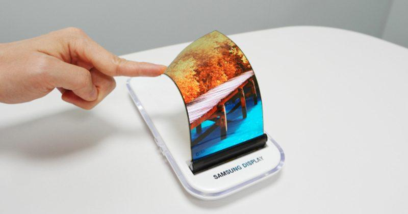 Galaxy X's rumored foldable display appears before official release