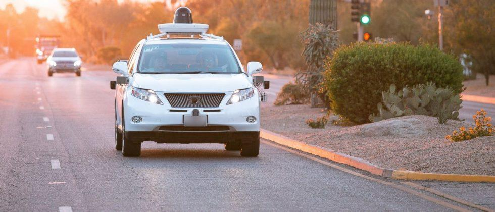 Google, Fiat Chrysler team to build 100 self-driving minivans