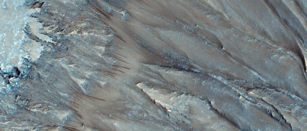 Mars slope lineae landscapes may be etched by boiling water