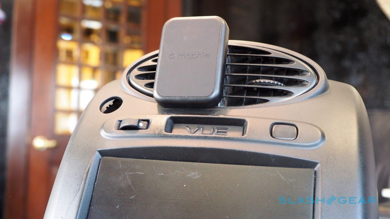mophie-charge-force-wireless-cases-sg-0