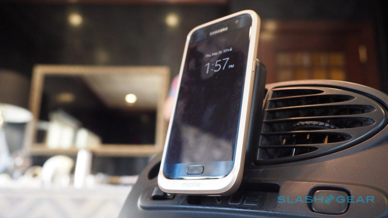 mophie-charge-force-wireless-cases-sg-17