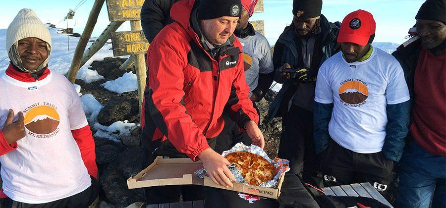 Pizza Hut sets world record for highest altitude pizza delivery