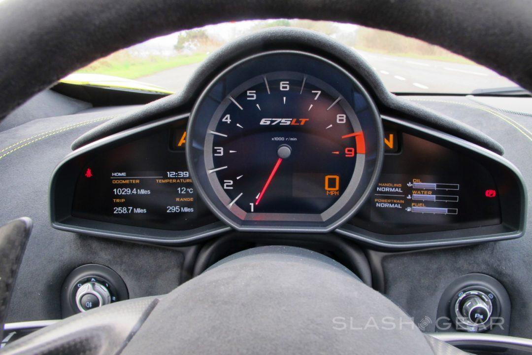 slashgear-mclaren-675LT-first-drive-reviewIMG_0783