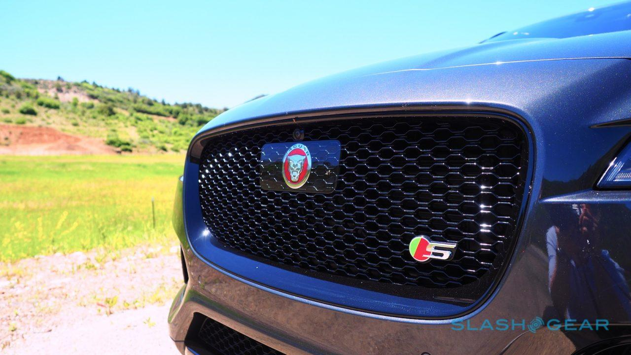 2017-jaguar-f-pace-first-drive-7