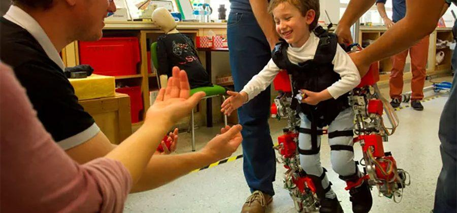 Pint-sized exoskeleton aims to help kids walk again
