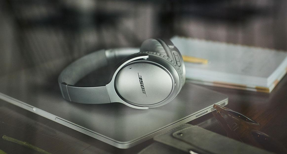 Bose finally goes wireless with two noise-canceling headphones
