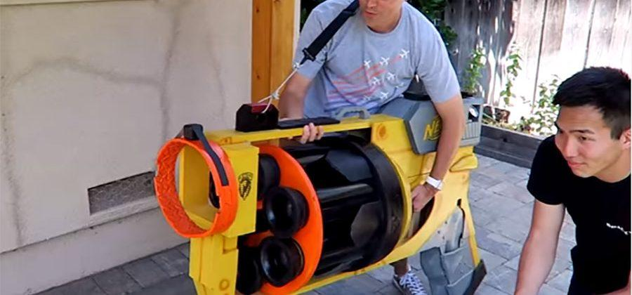 Gigantic Nerf Gun shoots plunger-tipped pool noodles at 40mph