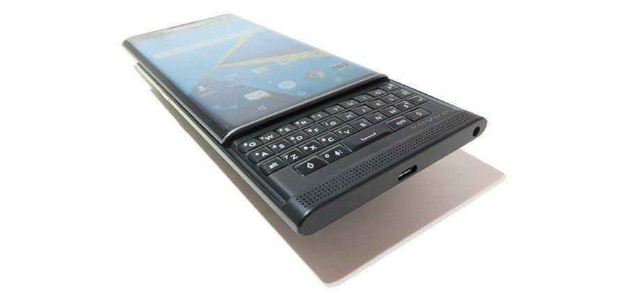 BlackBerry Priv is 'really struggling,' AT&T exec says