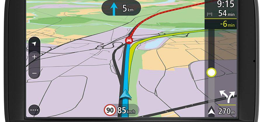 TomTom Via 52 and 62 nav units use smartphone for traffic info