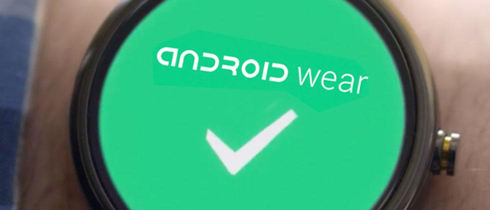 Google Nexus watches detailed in 2x sizes