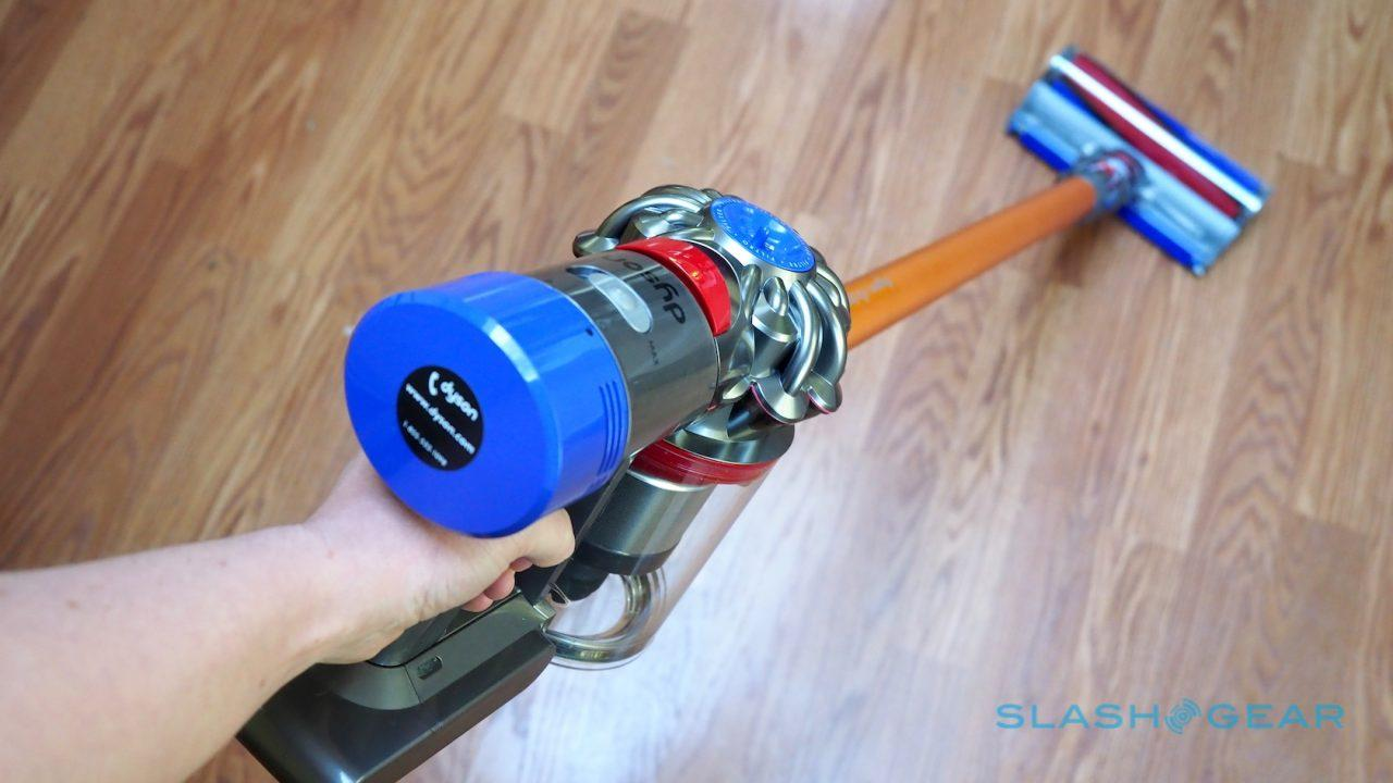 dyson-v8-absolute-vacuum-review-10