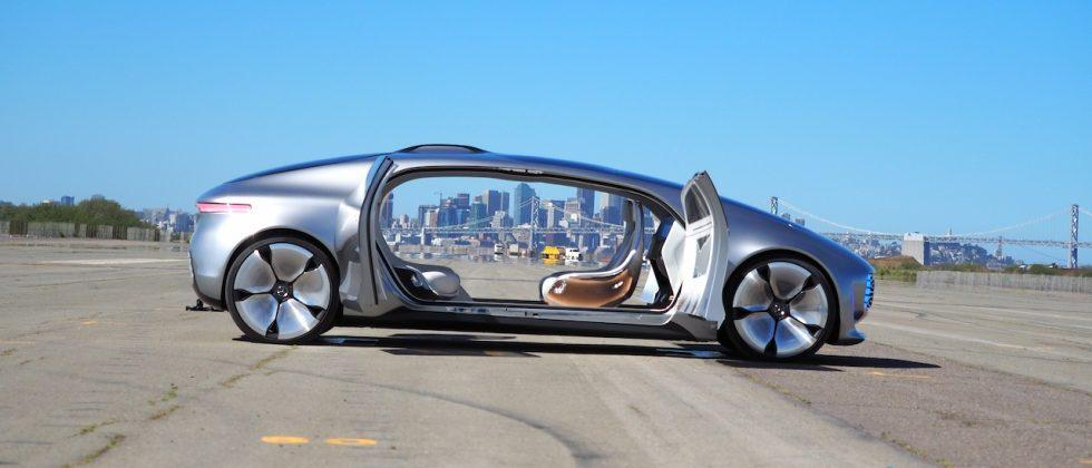"""Germany plans """"black box"""" recorder rule for Autopilot-style cars"""
