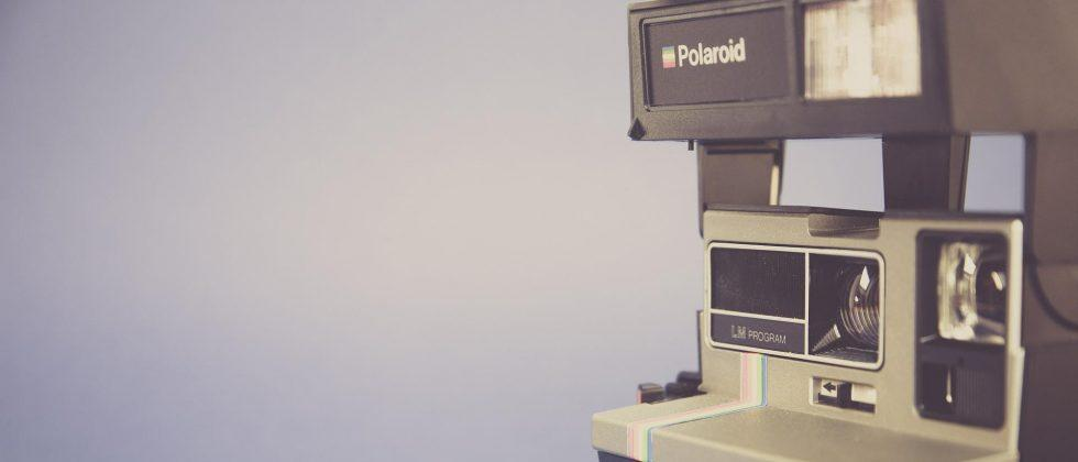 Polaroid Swing for iOS snaps moving photos