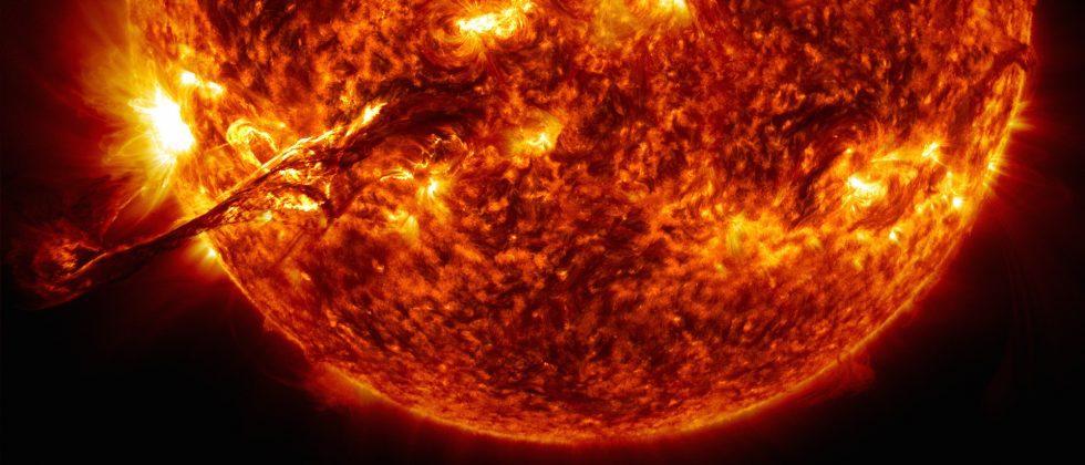 Watch the sun spin in NASA's crazy spacecraft maneuver