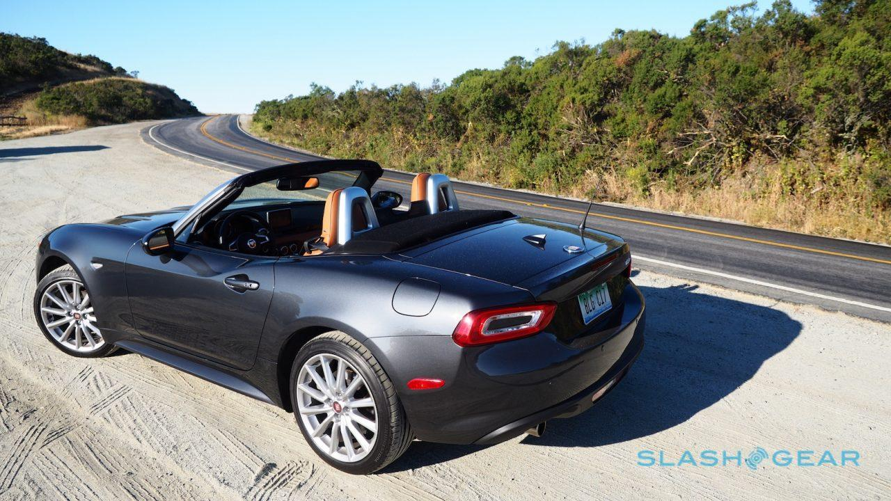 2017-fiat-124-spider-review-12
