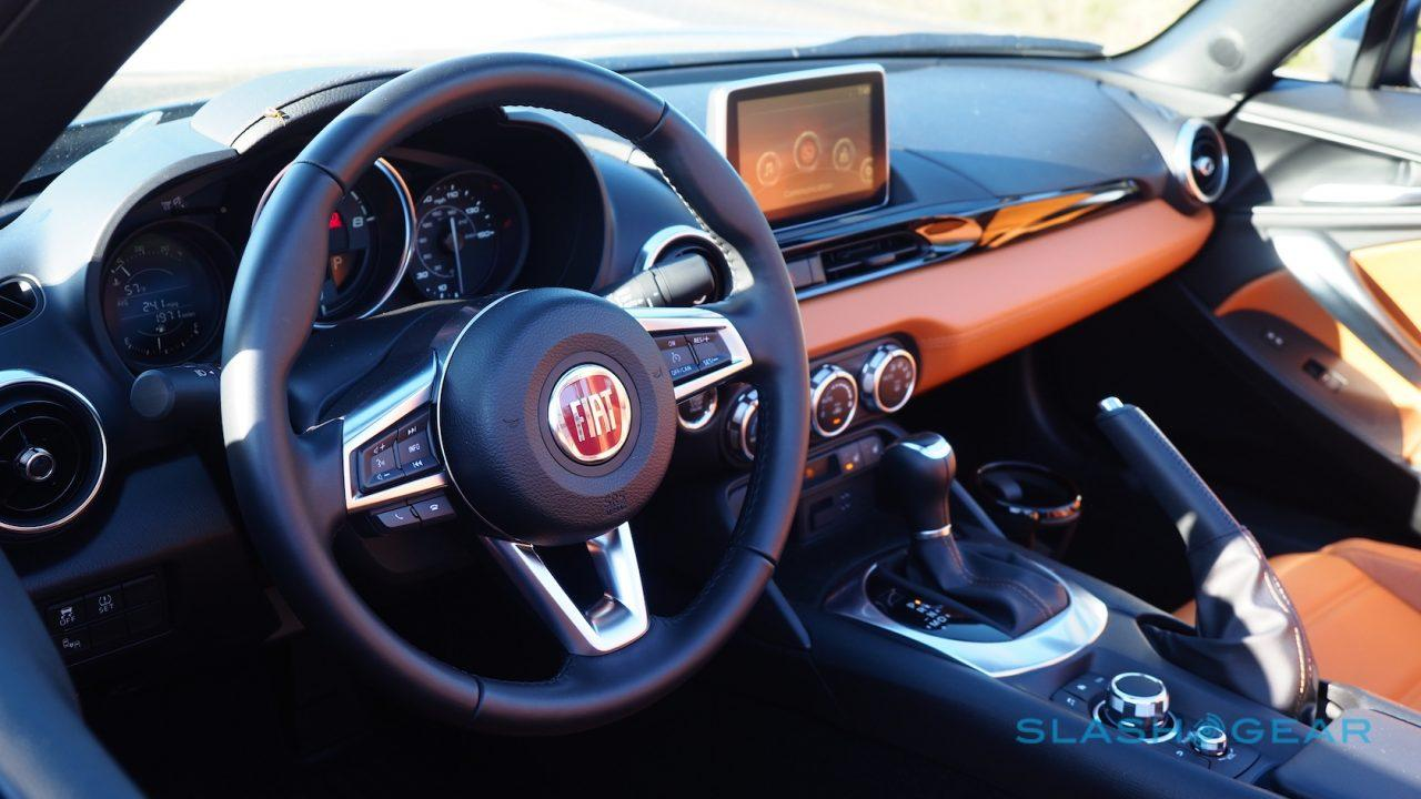 2017-fiat-124-spider-review-13