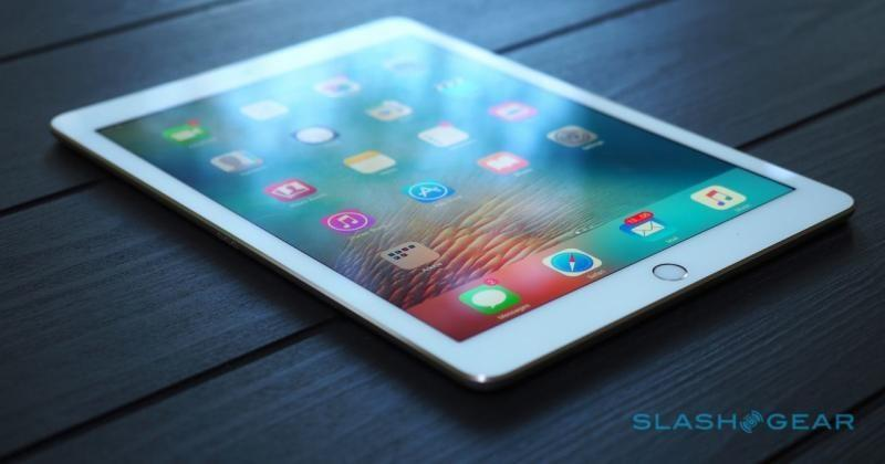 10.5″ iPad Pro in 2017, with flexible AMOLED in 2018, says Kuo