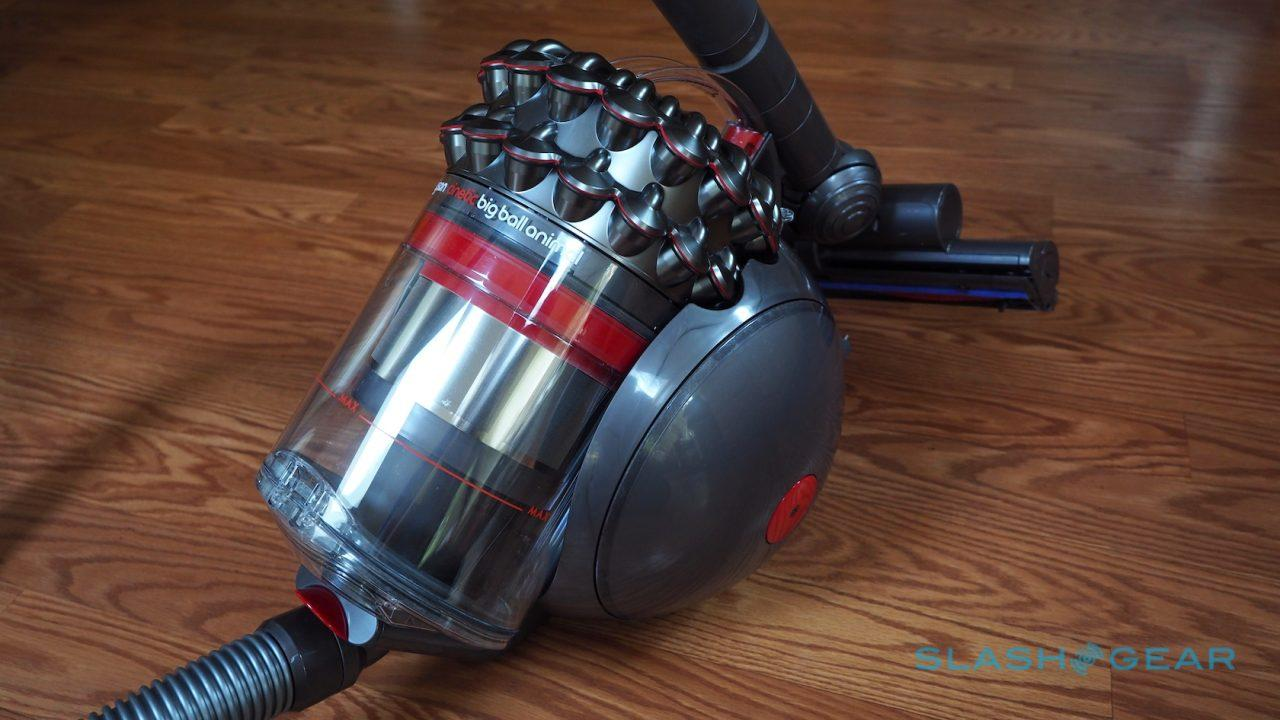 dyson-cinetic-big-ball-animal-vacuum-cleaner-review-1