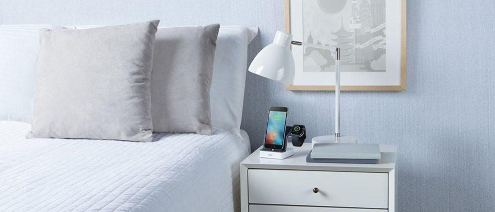 Belkin Powerhouse Charge Dock for Apple Watch + iPhone charges both at once