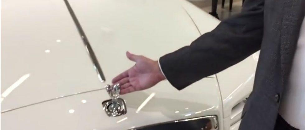 Rolls Royce Spirit of Ecstasy hood ornaments can't be stolen
