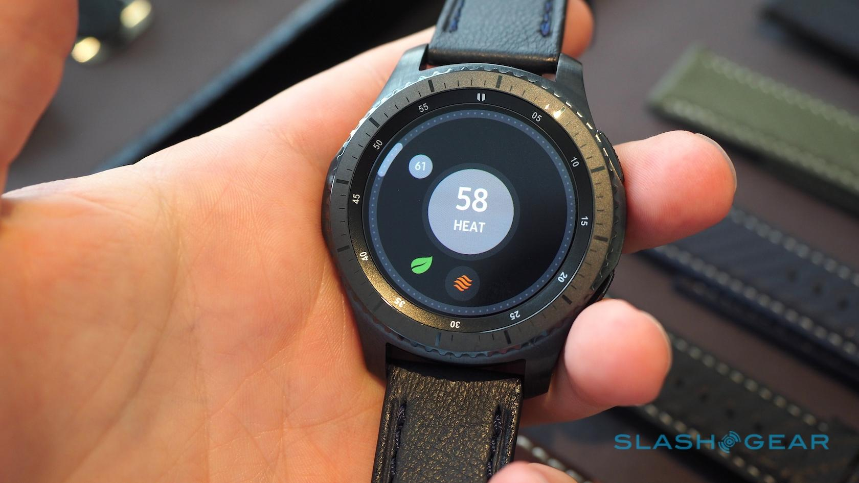 Samsung Gear S3 hands-on: Samsung Pay, LTE, rugged