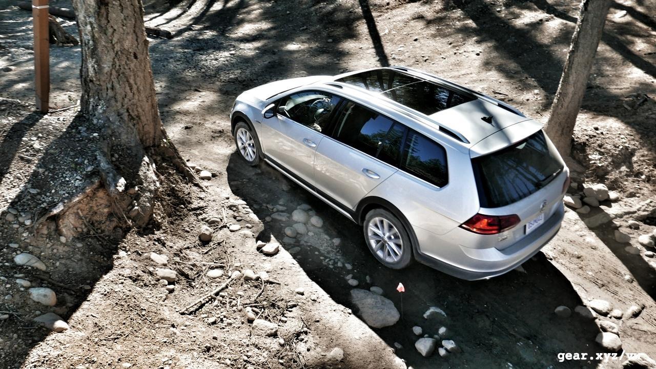 201-volkswagen-golf-alltrack-review-photo-slashgear00017_