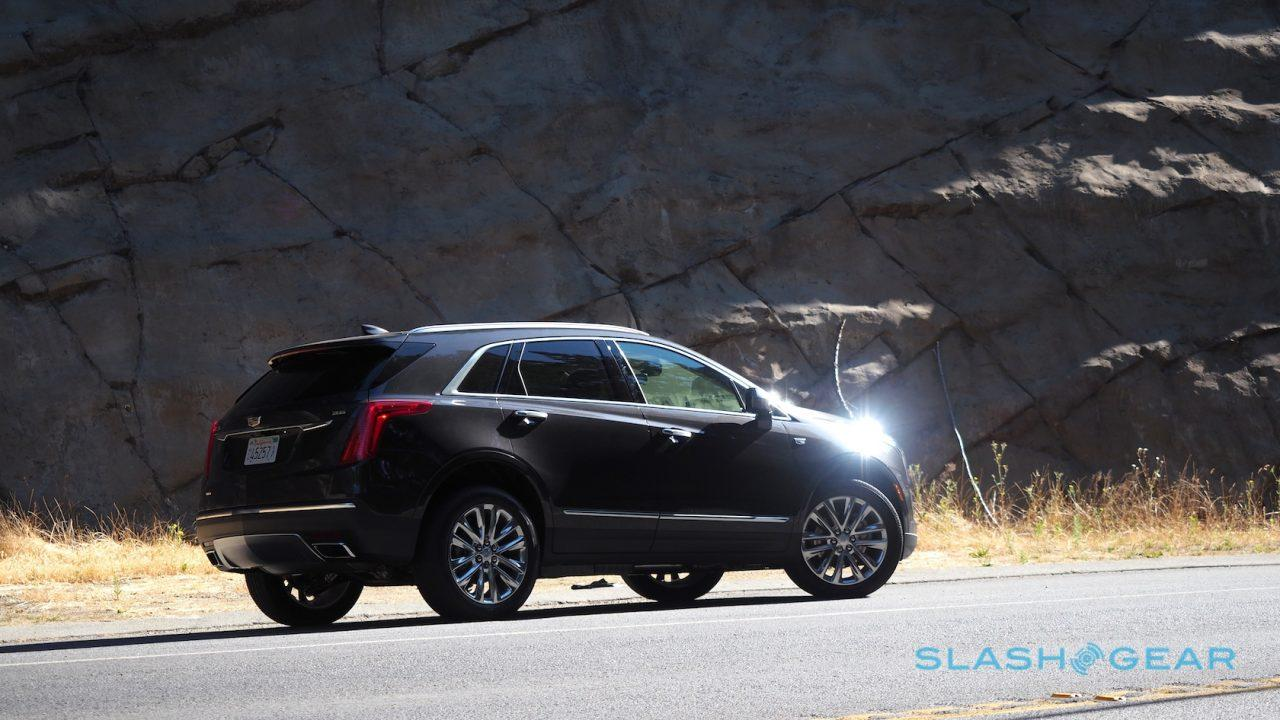 2017-cadillac-xt5-review-3
