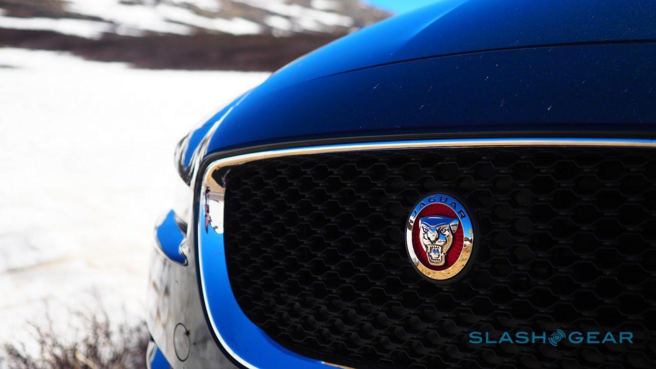 2017-jaguar-xe-35t-awd-r-sport-review-7