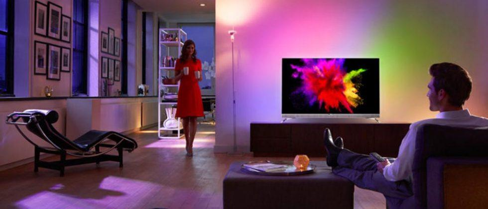 Philips 901F 55″ OLED TV features built-in ambient lights