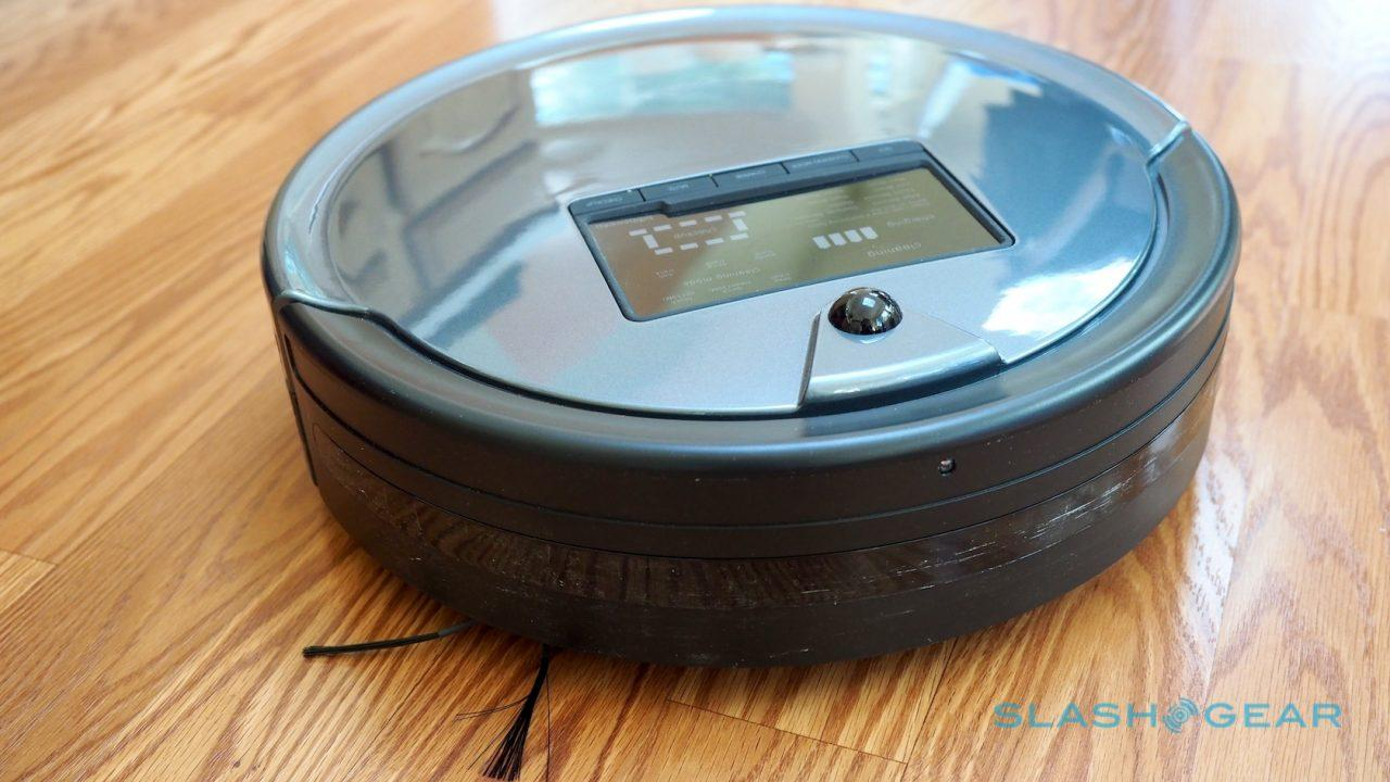 bObsweep PetHair Plus robot vacuum review - SlashGear
