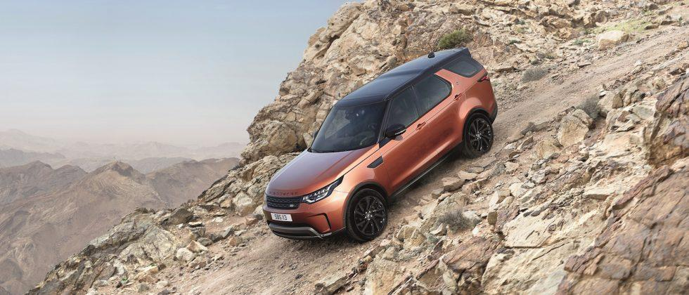 2018 Land Rover Discovery boosts off-road and tech talents