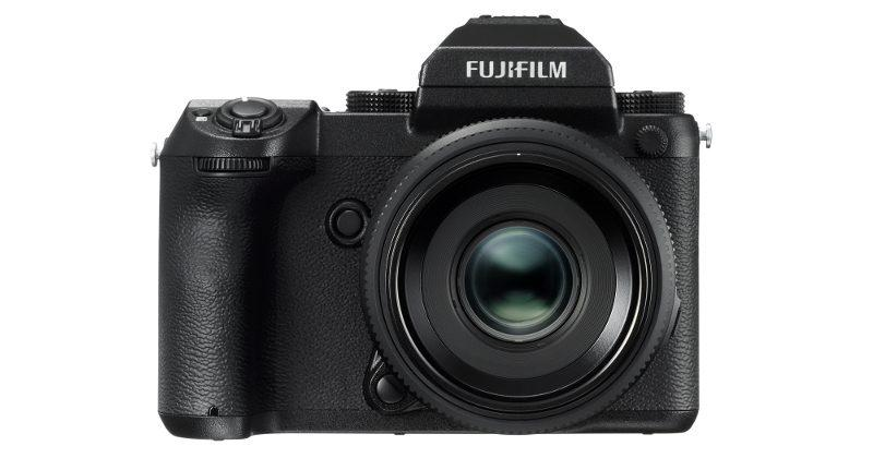 Fujifilm GFX puts a large 51MP sensor in a mirrorless camera