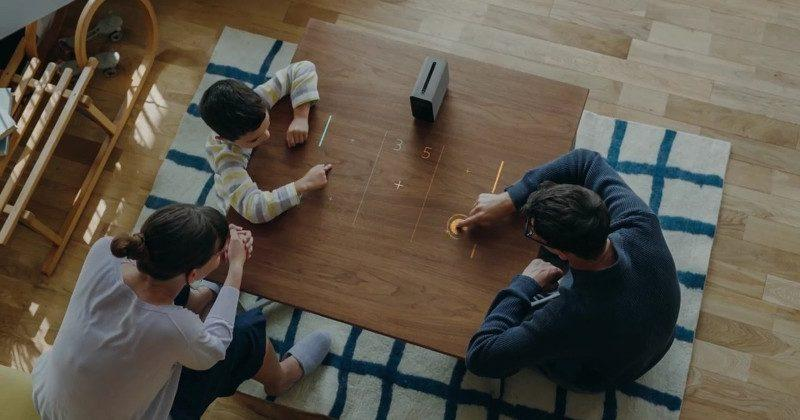 Sony Xperia Projector does away with glass, keeps the sci-fi