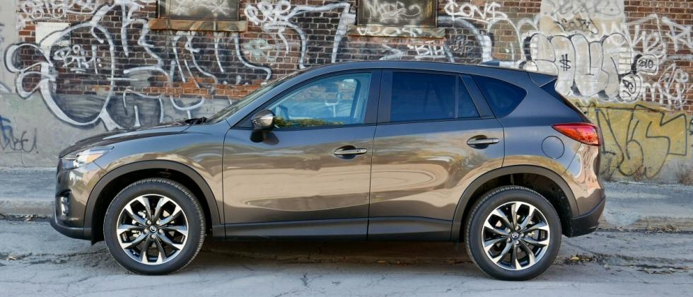 2016.5 Mazda CX-5 Review: A family SUV can be driver-friendly too