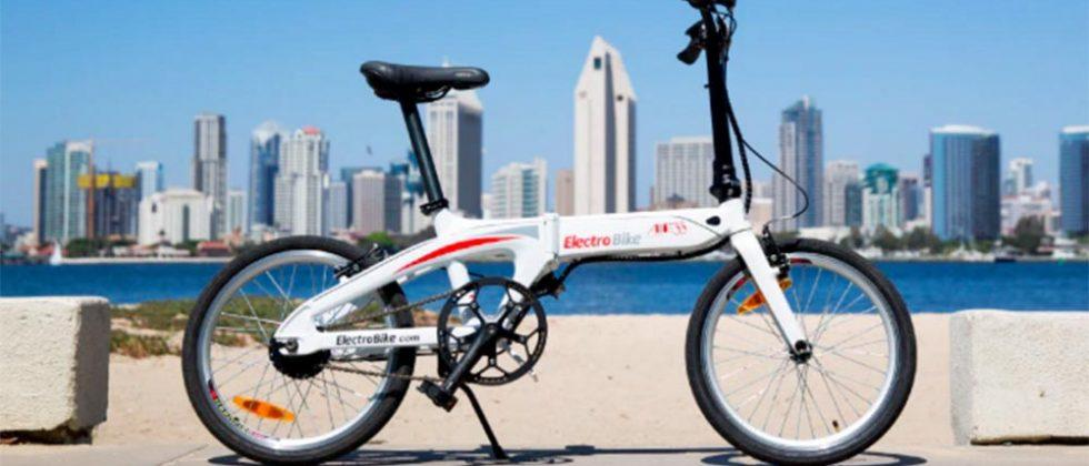 AIR33 eBike is a lightweight, efficient way to get around a city