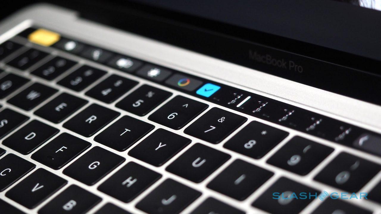 new-macbook-pro-hands-on-17