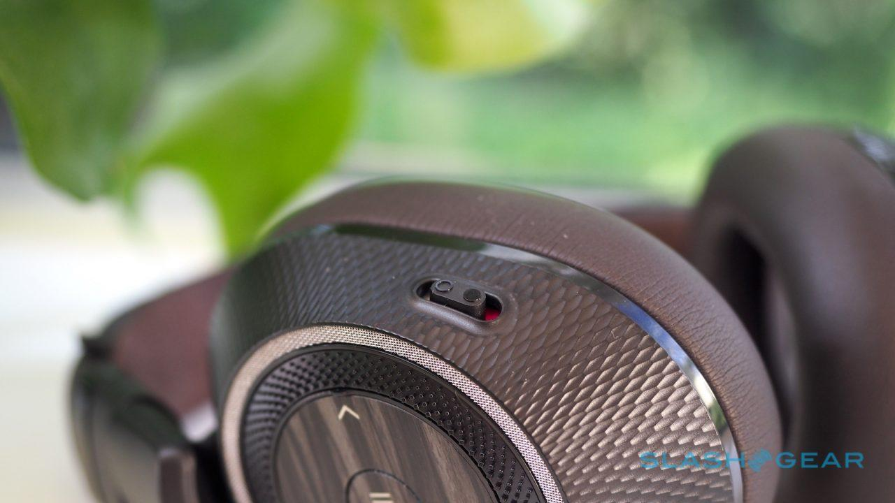 plantronics-backbeat-pro-2-review-4