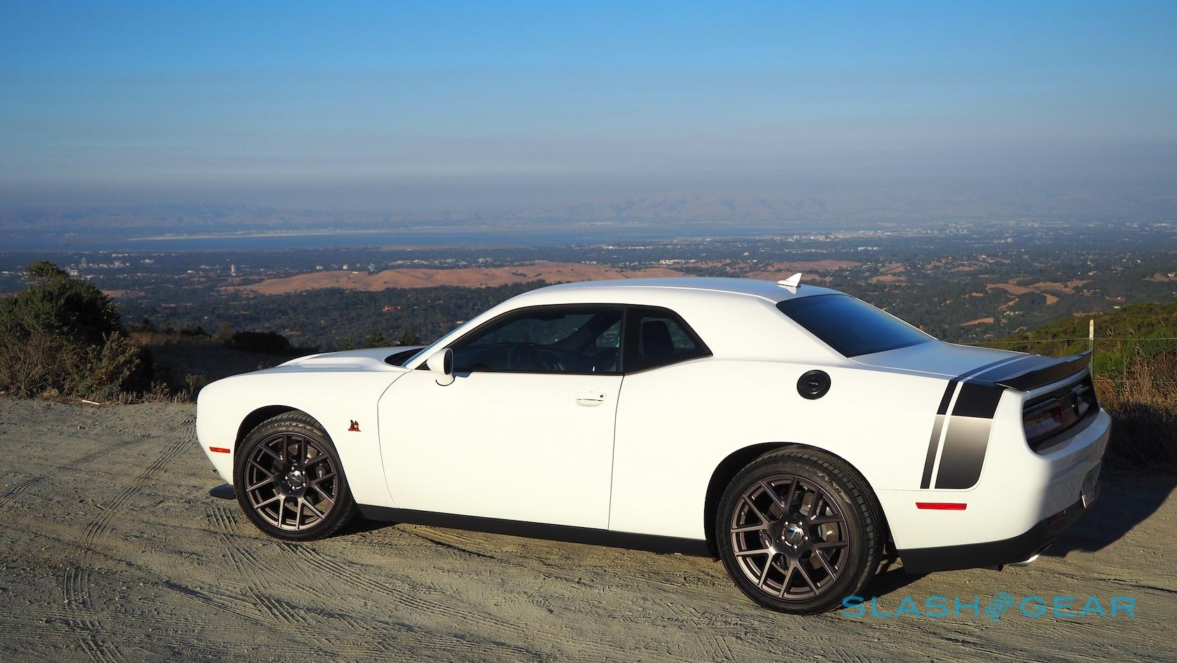 Dodge Dart 0 60 >> The Dodge Challenger R T Scat Pack Is 485hp Of Tire Hate Slashgear