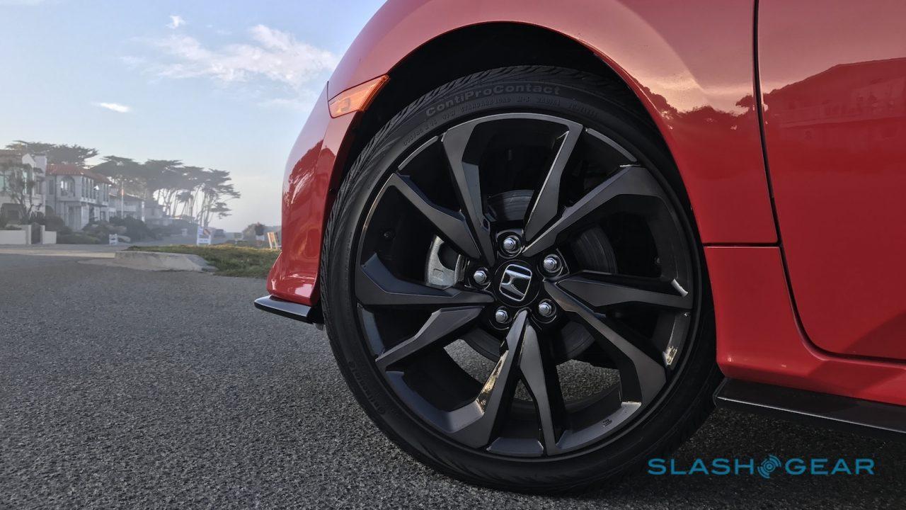 2017-honda-civic-hatchback-first-drive-2