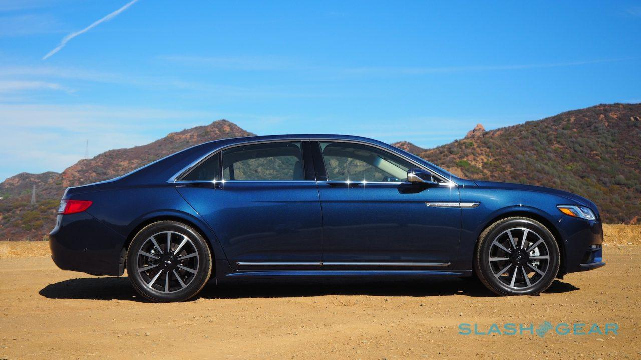 2017-lincoln-continental-first-drive-10