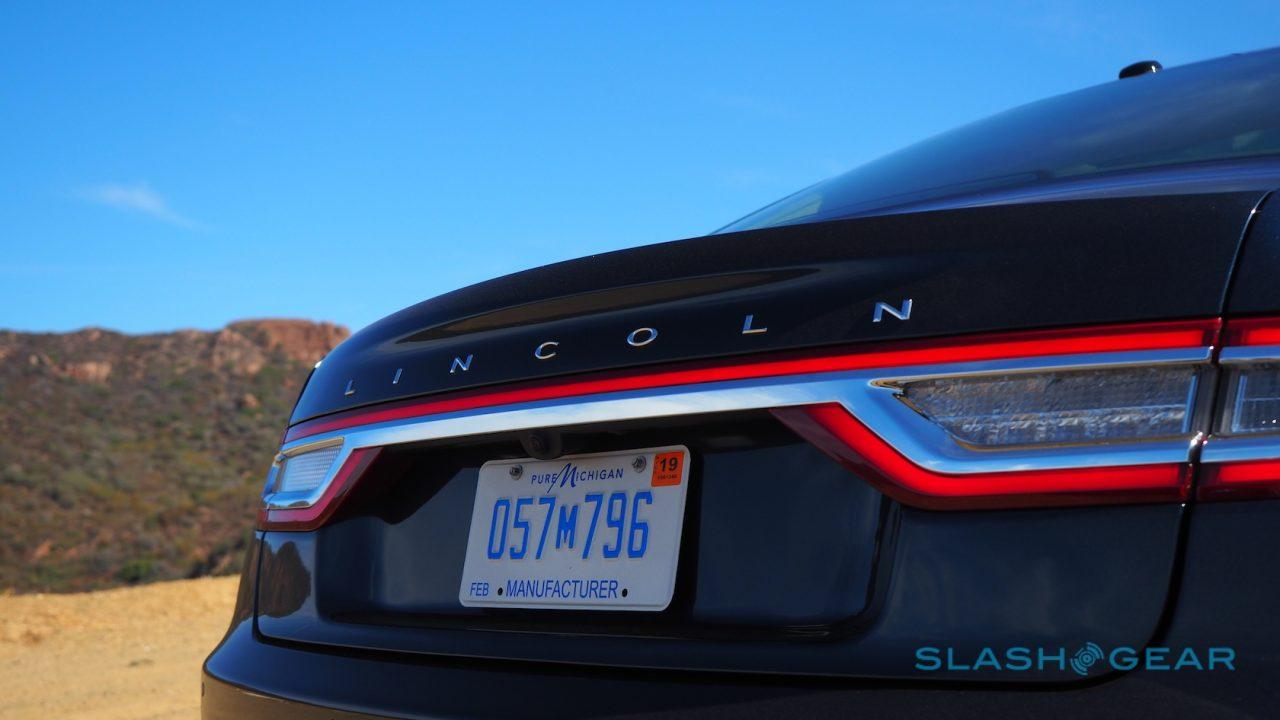 2017-lincoln-continental-first-drive-14