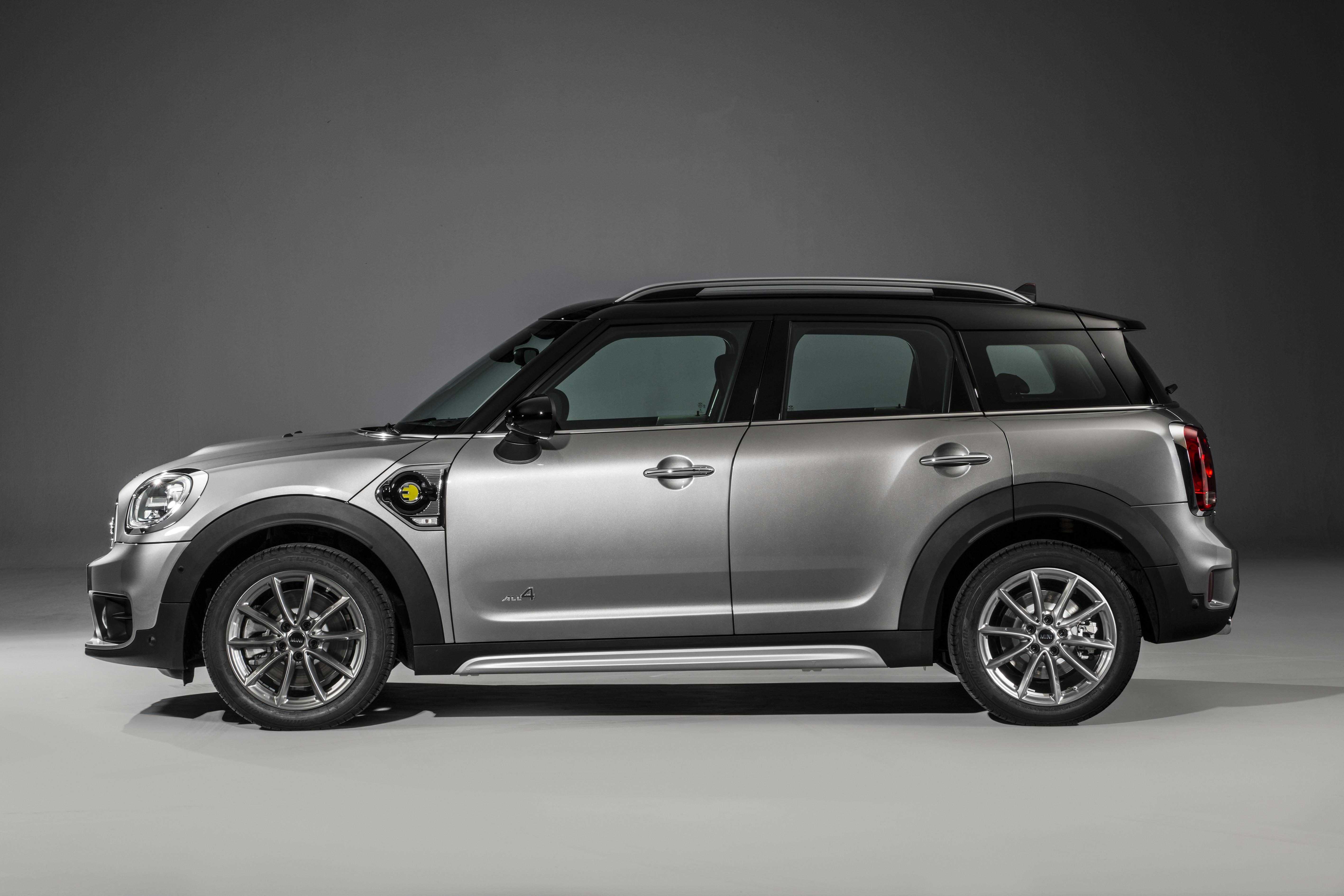 2017 Mini Cooper Countryman Hits The Hybrid Big Time At The 2016