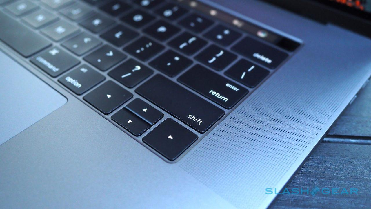 apple-macbook-pro-touch-bar-review-22