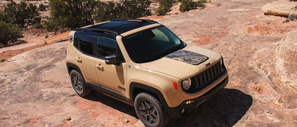 Jeep reveals two new Renegade models: Deserthawk & Altitude