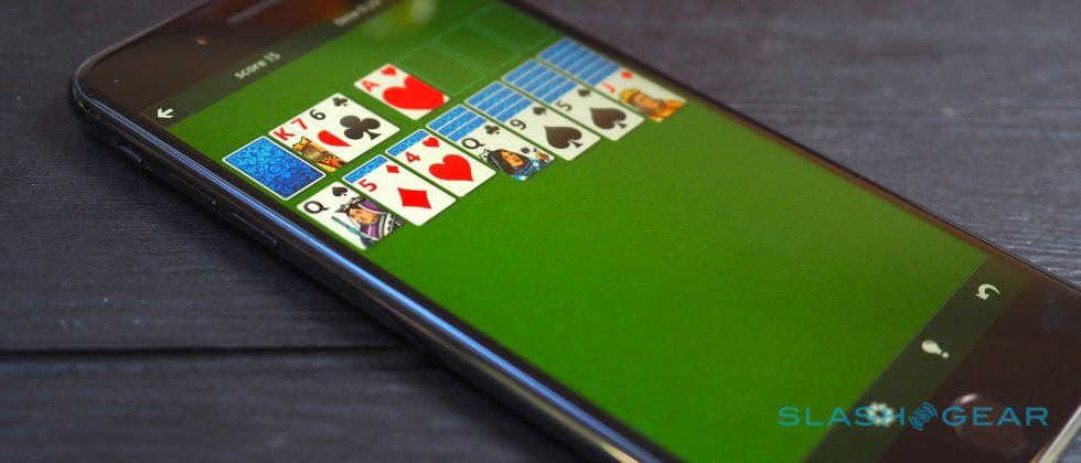 2016 is saved as Microsoft Solitaire hits iOS and Android