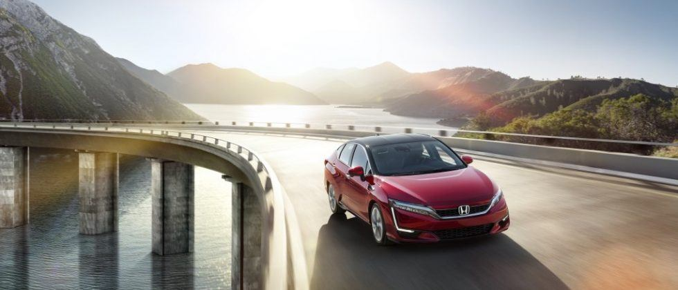 Honda's first Clarity Fuel Cell cars reach hydrogen-loyal drivers
