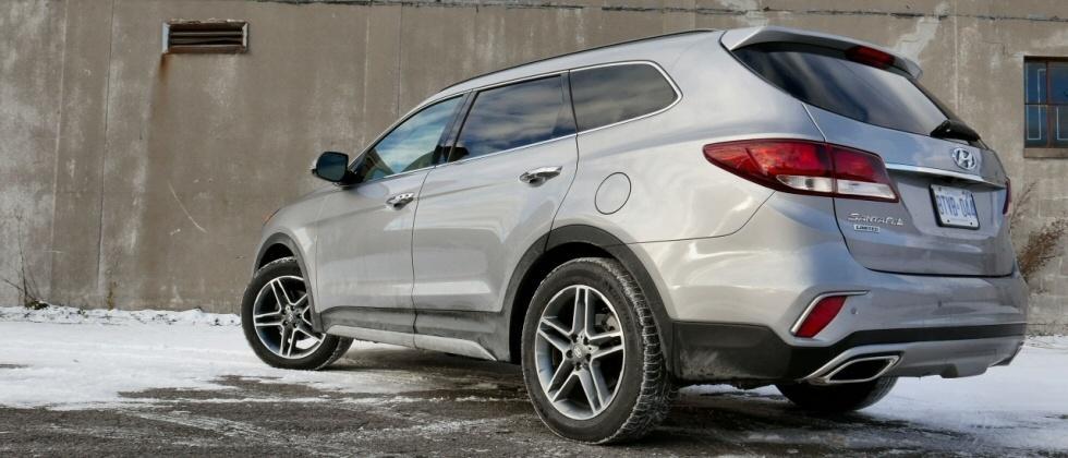 2017 Hyundai Santa Fe Review: Affordable SUV more than matches its 7 passenger peers