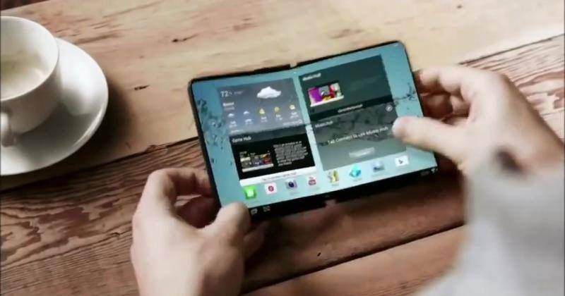 Samsung at work on two types of folding smartphones tips source